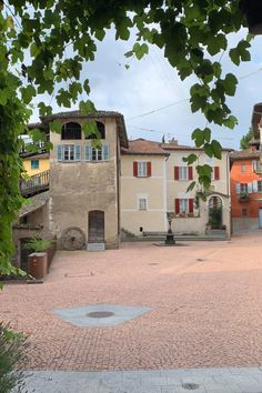 Cube setts pavement used for the central square of Carona, Lugano, Switzerland. Central Square, Lugano, Pavement, Switzerland, Cube, Mansions, House Styles, Geology, Granite