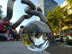 """Skulptur """"Berlin"""" an der Tauentzienstraße"""