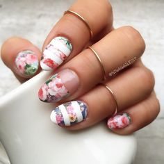 Nail Art Decals Full Coverage - Vintage Flowers Over Green