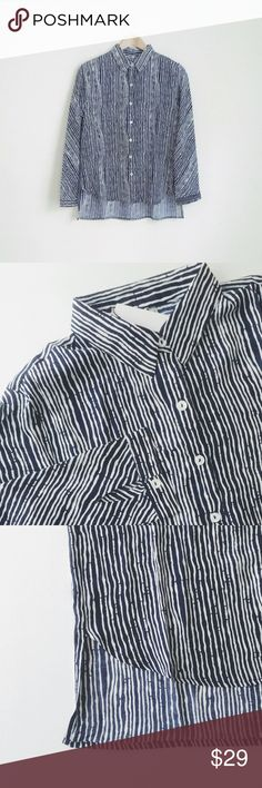 """NWT navy stripe button-down shirt hi-low NWT Boutique item! Ivory w navy watercolor-brush stripes. Hi-low style. 100%poly, smooth touch. Loose fit.   Chest: S-20"""" length approx 25""""/28"""". ✅offer welcome or bundle to save more 🚫no trade Tops Button Down Shirts"""