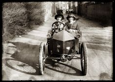 The original Thelma and Louise?  Michael Bledsoe's Digital Photography 2011 Blog: Old Photo Assignment