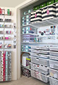 The Ultimate Craft Closet Organization - Basteln Organisation Organisation Hacks, Craft Closet Organization, Craft Room Storage, Craft Rooms, Closet Storage, Organizing Ideas, Pantry Storage, Organising, Gift Bag Storage