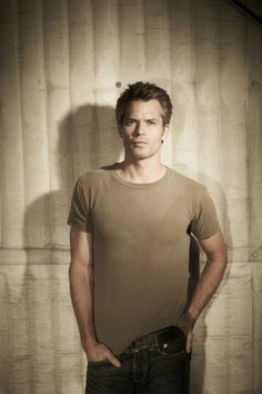 Timothy Olyphant ...he is just too hot!