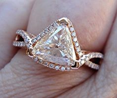 Trillion Cut Diamond Solitaire Ring in Pink Gold Triangle Diamond Rose Gold Ring - Heirloom pieces - Trillion Ring, Trillion Engagement Ring, Round Solitaire Engagement Ring, Diamond Solitaire Rings, Engagement Ring Cuts, Diamond Wedding Rings, Diamond Pendant, Wedding Band, Bling Bling