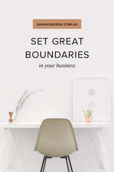 Tips for coaches and entrepreneurs: How to Set Great Boundaries in Your Business Creative Business, Business Tips, Online Business, Etsy Business, Small Business Marketing, Media Marketing, Work Life Balance, Create Space, Mindset