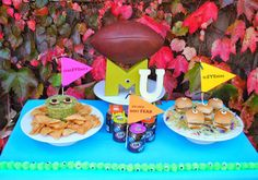 Jac o' lyn Murphy: Monsters University Tailgate! Monster Inc Birthday, Monster Party, Jolly Rancher Lollipops, Monster University Party, Sweet Station, Monsters Inc, Disney Costumes, Disney Crafts, Disney Food