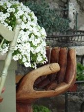 Balinese 'hand' carved stool. For more Bali LOVE and design inspiration come visit the bloggy. http://www.lynneknowlton.com/bali-a-beautiful-place-to-be/