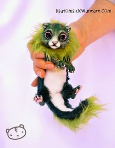 03-Forest-Dragon-Spirit-Lisa-Toms-Maker-of-Mythical-Creatures-and-Pet-Dolls-www-designstack-co