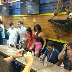 Credit: Twitter / @RegalFamily: The #OUAT cast at #SDCC ...