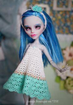 Crocheted dress + headband for Monster High Ever After High doll