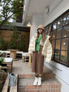 Winter Fashion Outfits, Modest Fashion, Autumn Fashion, Tennis Fashion, Ulzzang Fashion, Korean Street Fashion, Mode Inspiration, Korean Outfits, Look Cool
