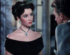 Lover of old hollywood and anything vintage. Old Hollywood Stars, Golden Age Of Hollywood, Vintage Hollywood, Young Elizabeth Taylor, Queen Elizabeth, Child Actresses, Actors & Actresses, Cleopatra, Classical Hollywood Cinema