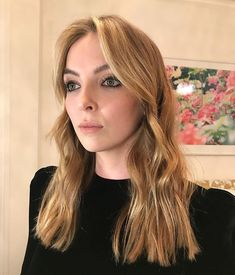 Jodies hair and makeup for the awards show tonight! She looks so gorgeous🦋 C Parks, Jodie Comer, Portrait Inspiration, Actor Model, Ohana, Hair Dos, Beautiful Actresses, Hair Inspo, Girl Crushes
