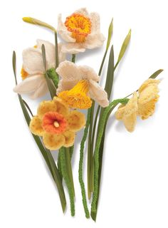 Daffodil Knitted Flower.  These are  a great combo of wonderful knitting and photography!