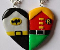 Batman and Robin Friendship Necklaces or Magnets! ♦ This Necklace is available as friendship necklaces, magnets or key rings! Polymer Clay Charms, Polymer Clay Jewelry, Clay Projects, Clay Crafts, Nike Trainer, Batman Robin, Friendship Necklaces, Weird And Wonderful, Clay Tutorials