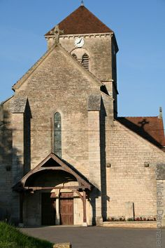 Vallée de l'Ouche. Eglise de Fleurey