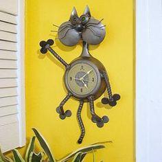 cheeks-the-cat-clock