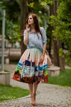 TIE BOW-TIE: SKIRT WITH CASTLE