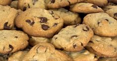 This Guide Is About Making Cookies On An Electric Griddle. Vitality Can Be Saved By Cooking On A Griddle Instead Of Heating Up The Oven. Plats Weight Watchers, Weight Watchers Meals, Baking Recipes, Keto Recipes, Food Substitutions, How To Make Cookies, Making Cookies, Shake Recipes, Cookies Et Biscuits