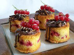 Ríbezľové koláčiky (muffiny) s čokoládou