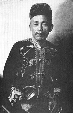 Hadji Butu: Sultan Jamal-ul-Kiram II's principal advisor. ca 1914.