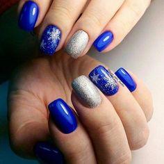 50 Beautiful Stylish and Trendy Nail Art Designs for Christmas Christmas Nail Polish, Holiday Nails, Cute Nails, Pretty Nails, Blue And Silver Nails, Pearl Nails, Flower Nails, French Nails, Winter Nails