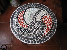 Mosaic table spiral from top