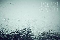 Back Homme paris pluie by Delphine Le Berre