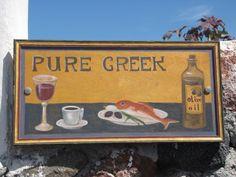 Pour faciliter votre choix devant un menu souvent écrit en grec, voici un petit glossaire culinaire pour mieux connaître les spécialités du pays. Forcément non exhaustif, mais avec déjà de quoi varier les plaisirs pendant votre séjour.