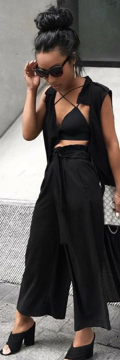 BUN UP.. BLACK OUT.// Summer Outfit Idea By Layllahstyle
