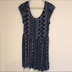 Forever 21 Dress Lightweight, floral patterned dress from Forever 21. Worn twice. Missing belt. Low back. Good condition. Dark blue. Loose, flowy fit. Forever 21 Dresses Mini
