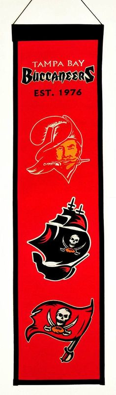 Heritage Banner hangs vertically, is 32x8 inches, and is a high quality embroidered banner. It is perfect for hanging in your den, sports room, or office. This Heritage Banner is made of thick wool an