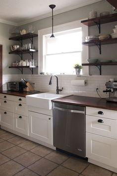 Hochwertig DIY Farm Haus Küche Umgestalten Auf Ein Budget Mit Ikea Schränke.  #kitchenremodeli