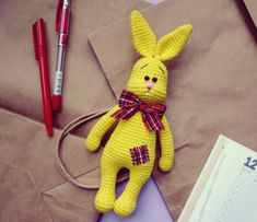 Amigurumipatterns.net has the biggest collection of Amigurumi patterns. Click and discover Sunny Bunny!