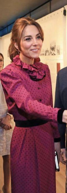 Duchess Kate, Duke And Duchess, Duchess Of Cambridge, Royal Hairstyles, Kate And Meghan, Kate Middleton Style, William Kate, Princess Kate, Royal Fashion