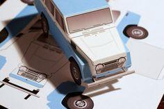Toyota FJ55 Land Cruiser paper model by papercruiser.com