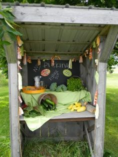 Veggie stand - Ashley you need one of these for a summer photo shoot!