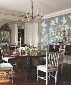 wallpaper. decorator Suzanne Rheinstein
