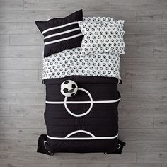 Shop Nod Soccer Bedding.  Our Nod Soccer Bedding is so great, it's ready to go pro.  Made from comfy 100% cotton, the quilt is uniquely designed to resemble a soccer field.  And the printed sheet set is made from 100% organic cotton.