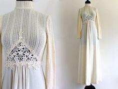 70s Ivory Knit Lace Boho Hippie Bridal Pleated Wedding Dress Maxi . XS . S . GT . No.391.7.1.13