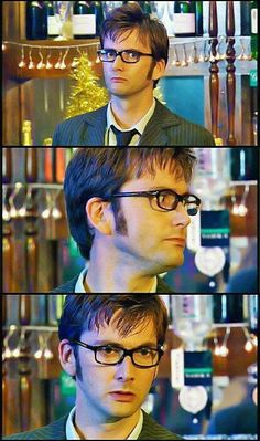 [David Tennant] Tenth Doctor in his glasses, to look clever Doctor Who, 10th Doctor, David Tennant, Don't Blink, Torchwood, Time Lords, Dr Who, Superwholock, Actors & Actresses