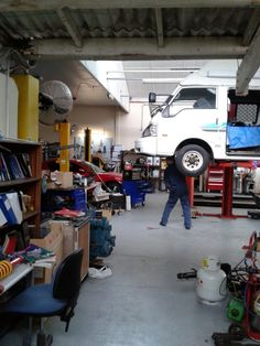 http://bestautorepairs.net/ Auto repair is a very important aspect of car ownership. When your car is showing signs of mechanical problems.
