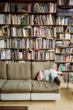 So would love to have this in my dream house! I'd hang out there all day just reading