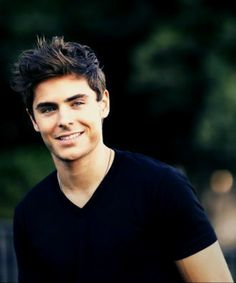 Zac Efron, probably the most beautiful human ever.