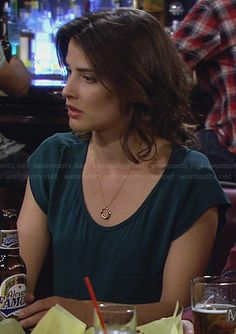Robin's teal scoop neck top on How I Met Your Mother.  Outfit Details: http://wornontv.net/25327/ #HIMYM