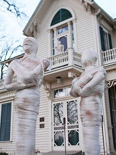 Yard Mummies - Decor for the Holidays - follow the link to the BHG link for directions #halloween #decorations