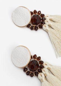 Boucles d'oreilles pendantes pompons - Femme | MANGO France