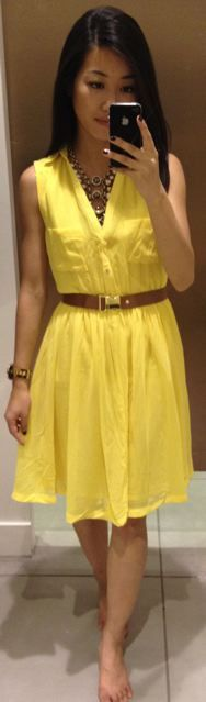 belted yellow dress. so cute.