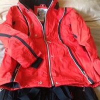 For sale at www.online-carboot.co.uk - LADIES SKI SUIT - MEDIUM - NEW - Castleford - West Yorkshire - Sporting Goods - Show Ad   Online Car Boot Sale UK