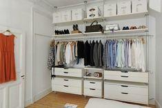 De lunes a domingo: Soluciones para habitaciones sin armarios